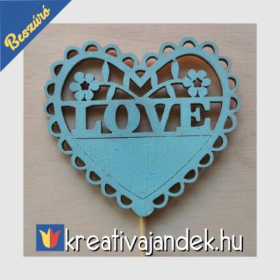 Love beszúró szív alakú